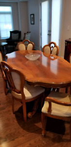 6ft solid wood table