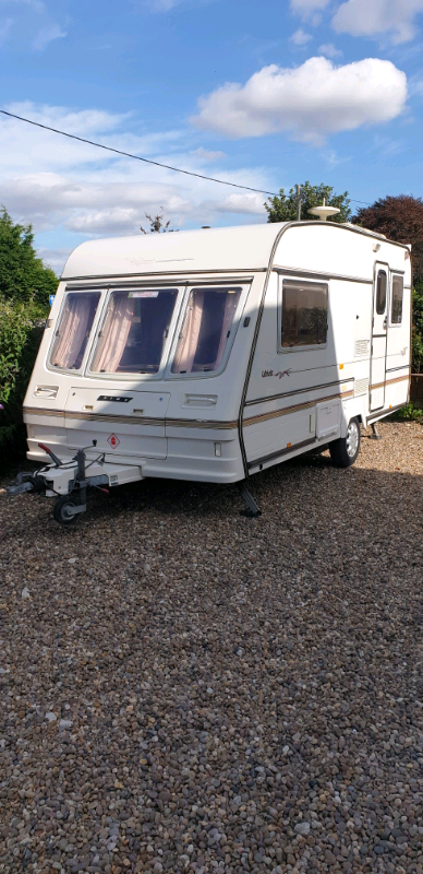 Bailey Pageant 2 berth caravan with awning and solar ...