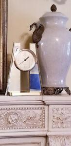 Vintage Gold Acrylic, Mirror Panel SEIKO PYRAMID Modern Clock