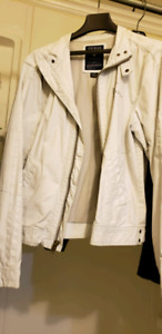 GUESS - MENS WHITE /DISTRESSED JACKET~ SZ. LARGE