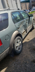 Ford Freestyle 2006 for sale. For parts only.  $1000!