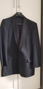 Black Tuxedo in Excellent Condition - Only Worn A Few Times!