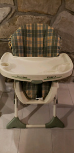 Graco double tray  high chair
