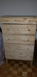 Wooden Dresser with 5 drawers