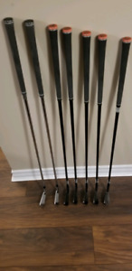 Taylormade P790 Black 5 to 9 irons and 3 to 4 p790 silver right