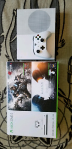 New XBOX ONE S 500G + Games - 300$