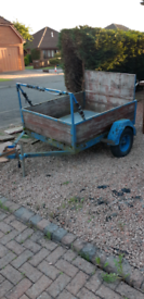 Trailer free for pick up. *UPLIFT NOW ARRANGED*
