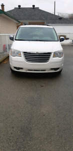 Chrysler Town and Country 2008