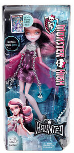 Brand New Monster High Draculaura Doll (BNIB)