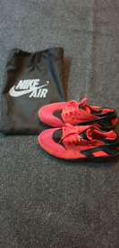 Nike Air Huarache Red UK 7