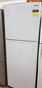 SPECIAL! Samsung Fridge/Freezer. 396 Litres!