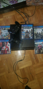 PS4+2 Controller and 5 games