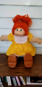Original Vintage Cabbage Patch Kid red hair green eyes girl 1984