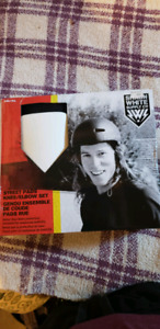 Shawn white knee and elbow pads