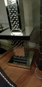 Mirror and crystal side/end table