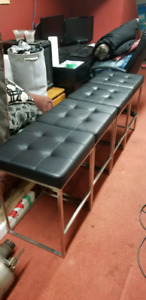 4 Brand new bar stools