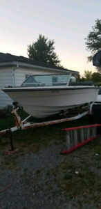 19' grew with 165 hp mercruiser and trailer