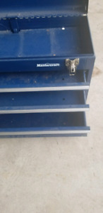 Mastercraft tool box 3 drawers excellent condition