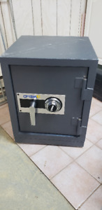Optima 2 Gardex, safe ( Coffre fort)