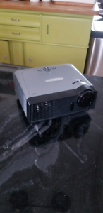 Optoma EP716 projector, barely used