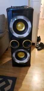 Phillip's DJ tower speaker system for trade