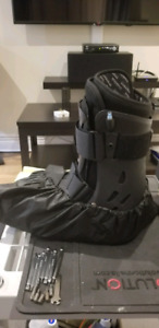 Inflatable, brace, ankle, leg boot
