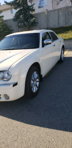 Limited chrysler 300 immaculate condition