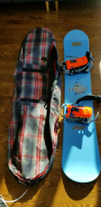 Liquid Snowboard size 160cm with burton bag.