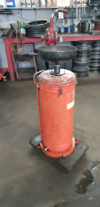 Waste oil drain and rotary pump