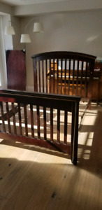 Shermag 3 in 1 Convertible Crib