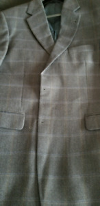 .BLAZERS AND SUITS 3 BUTTON, SP SALE PRICE.BLAZERS AT $30SUITS A