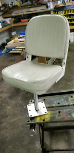 Folding boat seat with seat swivel 360 degree rotation