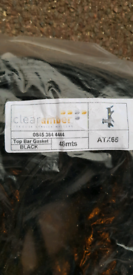 Polycarbonate roof rubber seals