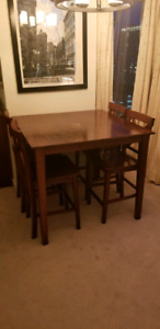 Dining table - bar or counter height