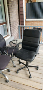 Lot of office chairs selling all $200 for 5 of them