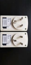 Netgear XAV5421 powerline 500 + outlet network adapters