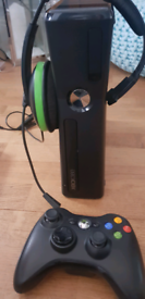 Xbox 360 with turtle beach headset