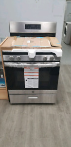 New open box GE gas stove