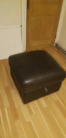 Pouffe / Storage footstool