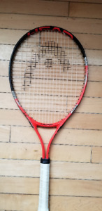 "Head Radical Junior Racquet 25"" Almost new! String paint exist"