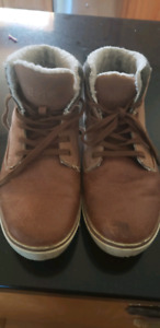 Size 9 Mens Boots