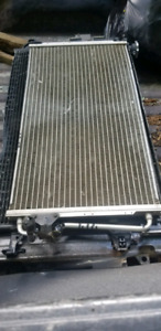 ~FOR SALE PERFECTLY GOOD 2005 JIMMY/BLAZER A/C CONDENSER ~