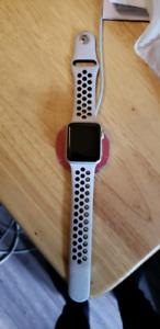 Apple Watch Série 1 (2e génération ), appleCare+ et bande Nike+