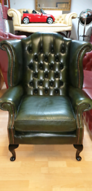 Beautiful dark green quality leather chesterfield high back queen Anne
