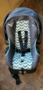 Evenflo Infant Carseat
