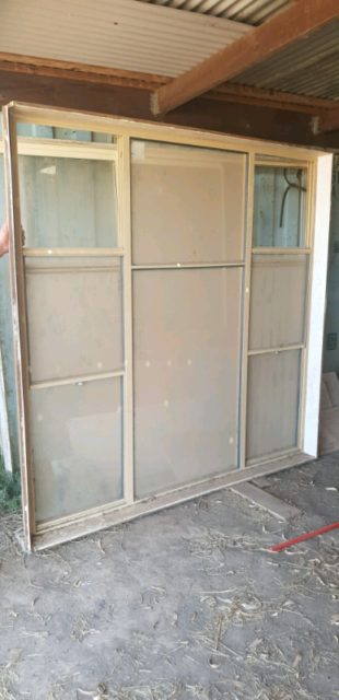 Aluminum Windows And Complete Sliding Doors Building