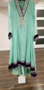 Pakistani clothing (Party wear,casual andsemi formal)