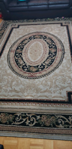 Good condition 8 x 11 turkish rug for sale!!!