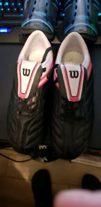 Woman Football shoes pads