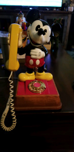 1976 Mickey Mouse Rotary Phone Mint